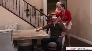 naughty america niki snow fucking in the table with her natural tits